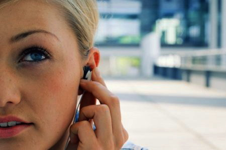 Cấy thiết bị chống ù tai, chóng mặt