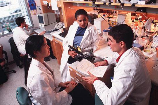 """UNESCO: """"Các nước mới nổi giành lợi thế về R&D"""""""