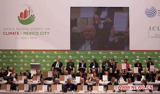 Thị trưởng 43 nước cam kết cắt giảm khí thải nhà kính