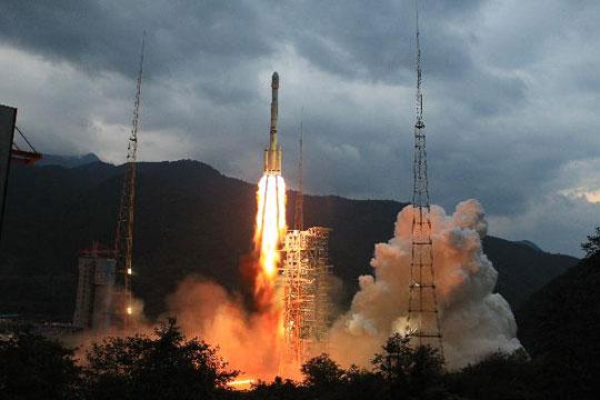 Trung Quốc chế mô hình tàu thám hiểm Mặt Trăng