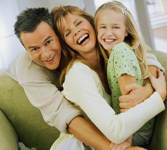 Các cặp vợ chồng đẹp đôi thường sinh con gái