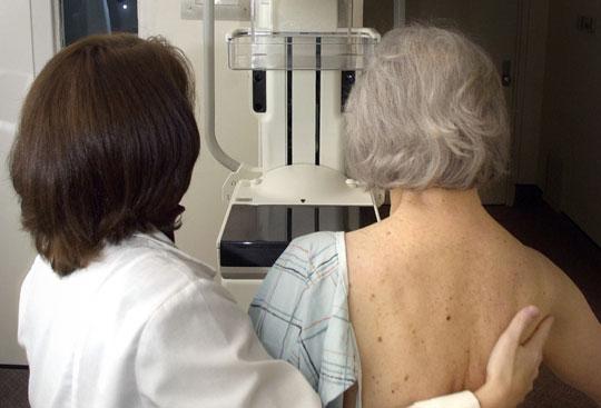 """Thuốc chắc xương """"bó tay"""" trước bệnh ung thư vú"""