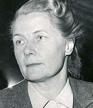 1982, Alva Myrdal