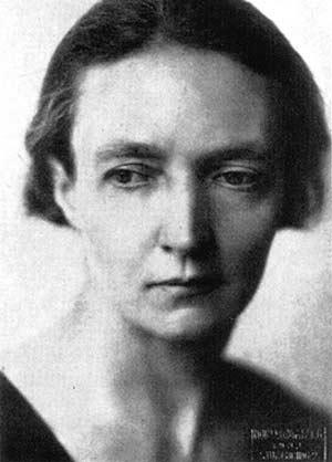 1935, Irène Joliot-Curie