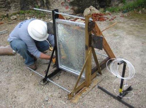 Chế tạo loại kính chống nổ mới dày 6mm
