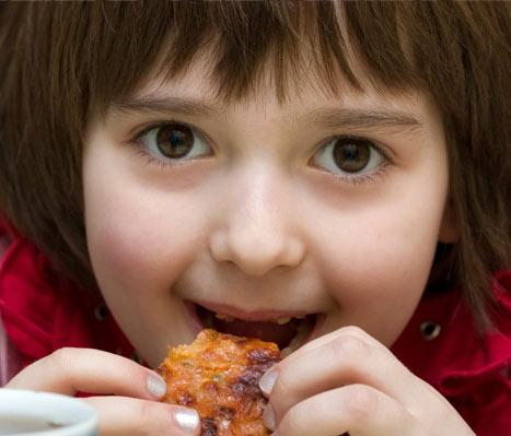 Ăn nhiều mỡ, cholesterol sẽ tăng nguy cơ ung thư vú