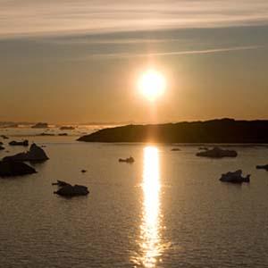 Sửng sốt vì mặt trời mọc sớm tại Bắc Cực