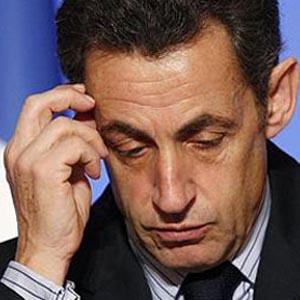 Tin tặc hack tài khoản tổng thống Pháp trên Facebook