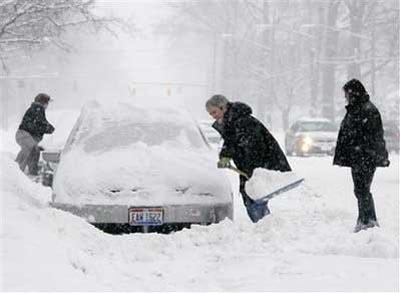 Miền Đông Bắc nước Mỹ gặp bão tuyết hiếm thấy
