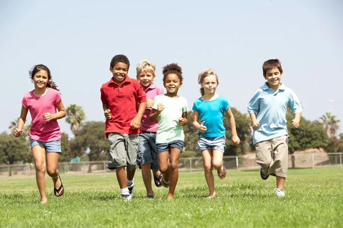 Trẻ siêng tập thể dục thường học tốt