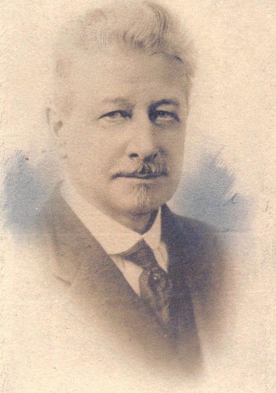 John Elfreth Watkins được xem là người đi trước thời đại
