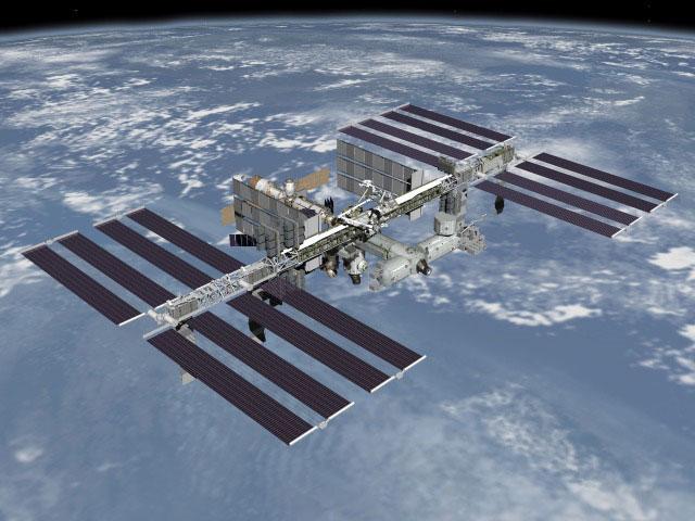 ISS dịch chuyển để né rác vũ trụ