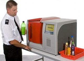 Máy quét xác định chất lỏng tại phi trường