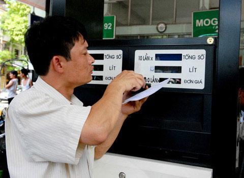 """Không nên sử dụng """"viên tiết kiệm xăng"""""""