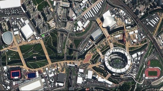 Ảnh công viên Olympic, London do vệ tinh của Digital Globe chụp vào ngày 24/7. Đã có 10.000 vận động viên tham gia tranh tài tại Olympic London 2012 - sự kiện này được ca ngợi rất nhiều với những thành công vang dội