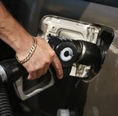 Tỷ lệ tội phạm giảm nhờ cấm xăng pha chì