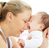 Lý giải tình trạng khóc to ở trẻ sơ sinh