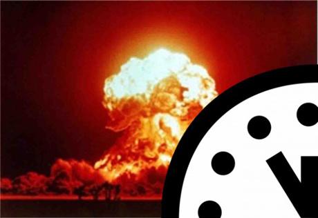 Kim của Đồng hồ Tận thế sẽ vẫn cách thời điểm nửa đêm 5 phút trong năm 2013.