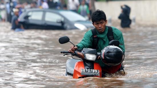 Ngập lụt nặng tại Indonesia