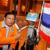 Thái Lan sắp trình làng robot chăm sóc người già