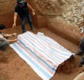 Tìm thấy ngôi mộ cổ tại nút giao Đào Tấn - Bưởi