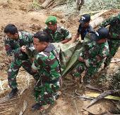 11 người chết vì lở đất liên tiếp tại Indonesia