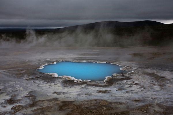 Hồ nước nóng thạch anh ở Iceland