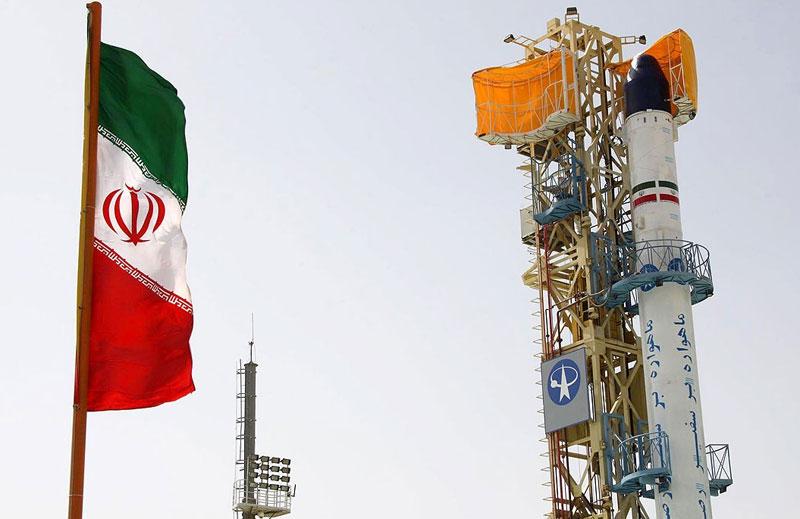 Iran phóng vệ tinh khi căng thẳng đang gia tăng
