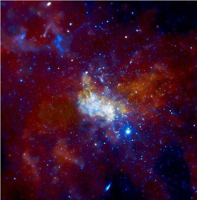 Giả thuyết mới về quầng X-quang xung quanh hố đen