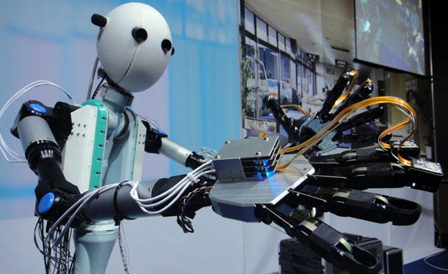 """Robot """"siêu tưởng"""" Avatar của Nhật"""