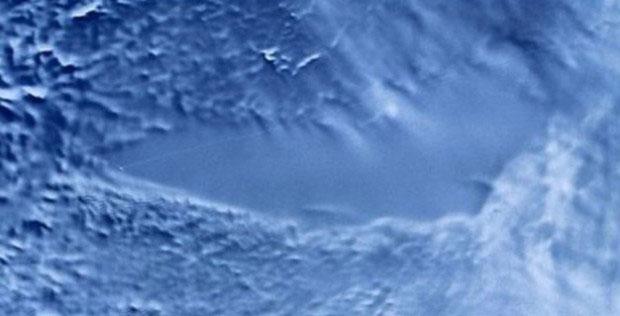 Hồ Vostok chụp từ vệ tinh