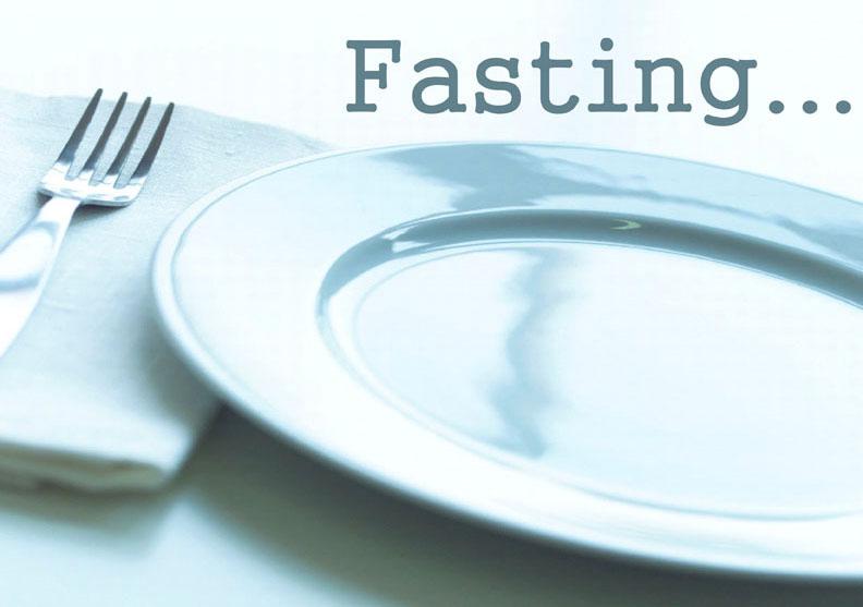 Bí quyết sống lâu là… nhịn ăn