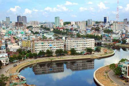 Báo động ô nhiễm môi trường nước ở TP HCM