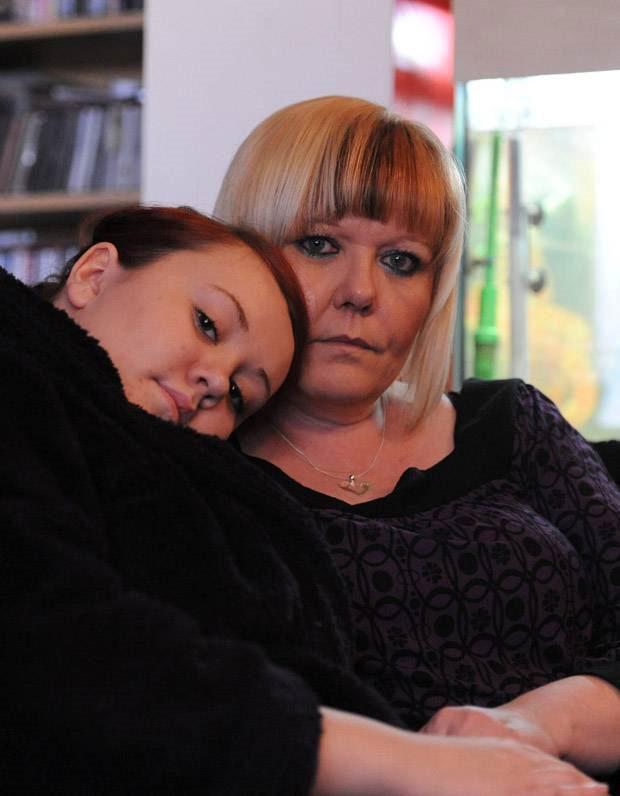 Jess Lydon và mẹ