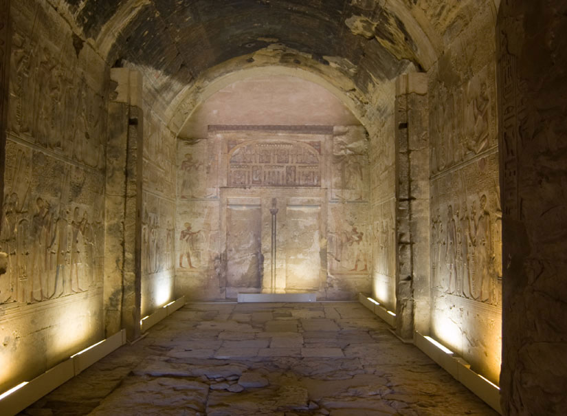Ngôi đền Abydos – thánh địa của Ai Cập cổ đại.