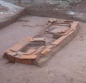 Chùm ảnh ngôi mộ cổ kỳ lạ bên tường thành Hà Nội