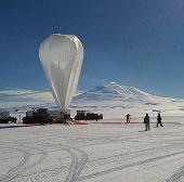 Khí cầu của NASA phá kỷ lục chuyến bay dài nhất