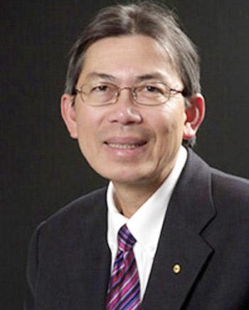 Giáo sư Nguyễn Hùng