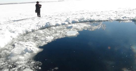 Các thợ lặn không tìm thấy dấu vết thiên thạch tại hồ vùng Urals.