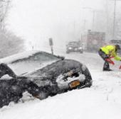 Nước Mỹ chật vật chống chọi với cơn bão mùa Đông