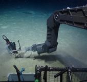 Video: Thám hiểm đáy biển nóng 400 độ C