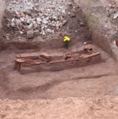 Ngôi mộ cổ trên đường Bưởi đã trên 1.000 năm tuổi?