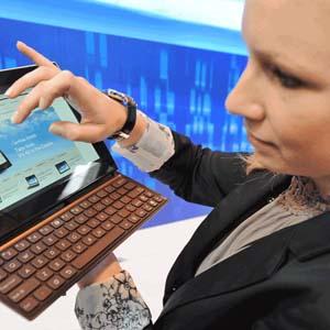 Phần mềm máy tính tư vấn trang điểm