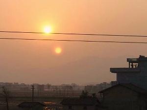 Tiết lộ bí ẩn mặt trời sinh đôi tại Trung Quốc