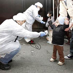 Người dân cần làm gì để tránh nguy cơ nhiễm phóng xạ?