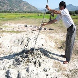 Ninh Thuận: Bùn phun trào không liên quan đến động đất