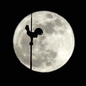 """""""Siêu mặt trăng"""" trên khắp thế giới"""