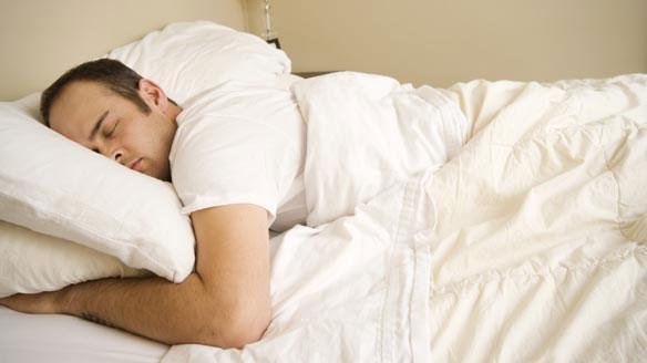 Muốn ngủ ngon, hãy vào giường đúng 10 giờ tối