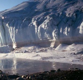 Đầu mối về sự sống ngoài hành tinh tại Nam Cực?