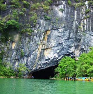Phát hiện 7 hang mới ở Phong Nha - Kẻ Bàng